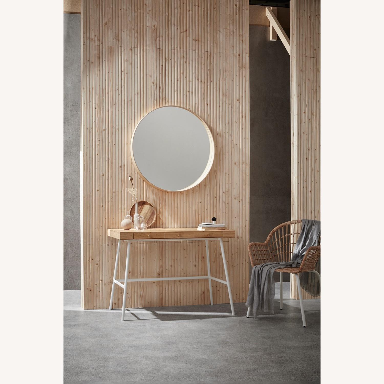 IKEA LILLSEN Desk - image-2