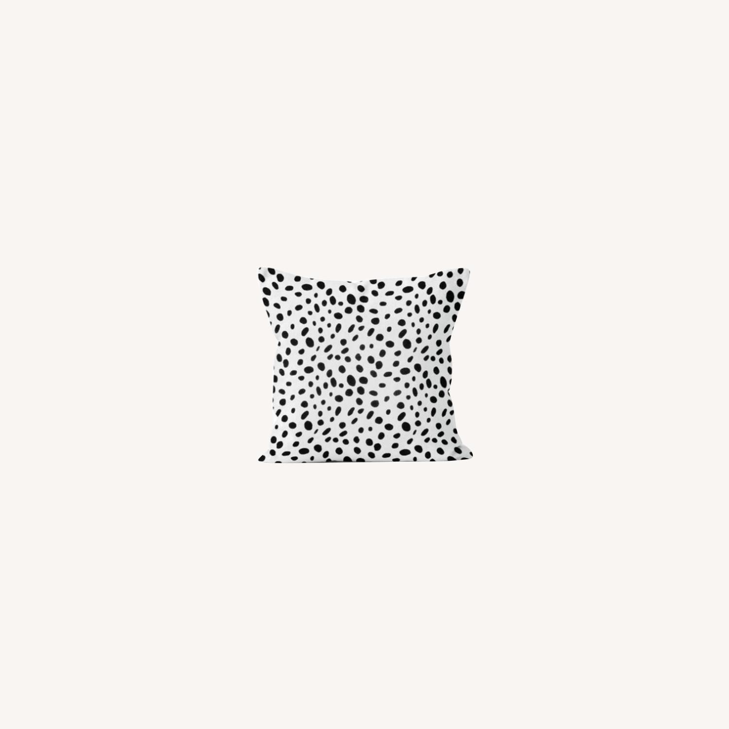Black&White Pillows Set of 2 - image-0