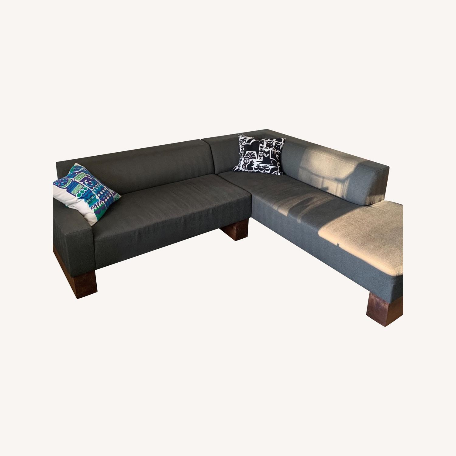Shimna Beam Sectional Sofa - image-0