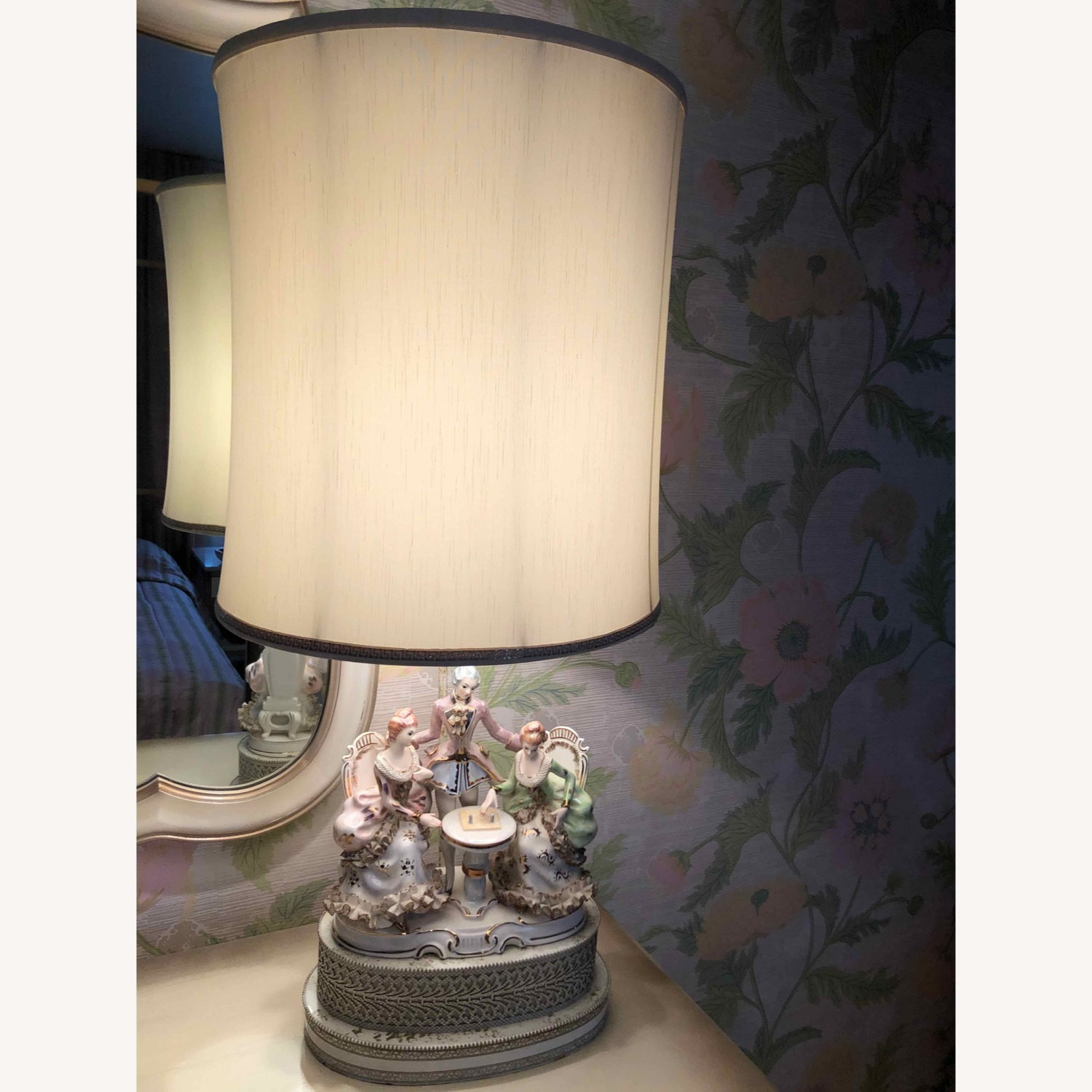 Porcelain Lamp with Lighted Base - image-1