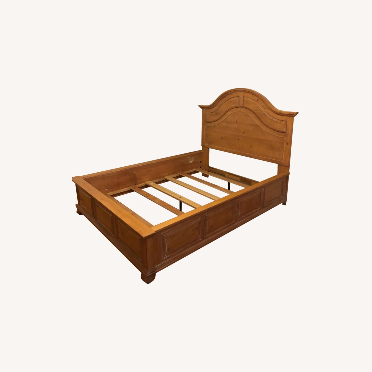 Broyhill Furniture Solid Wood Queen Size Bed - image-0