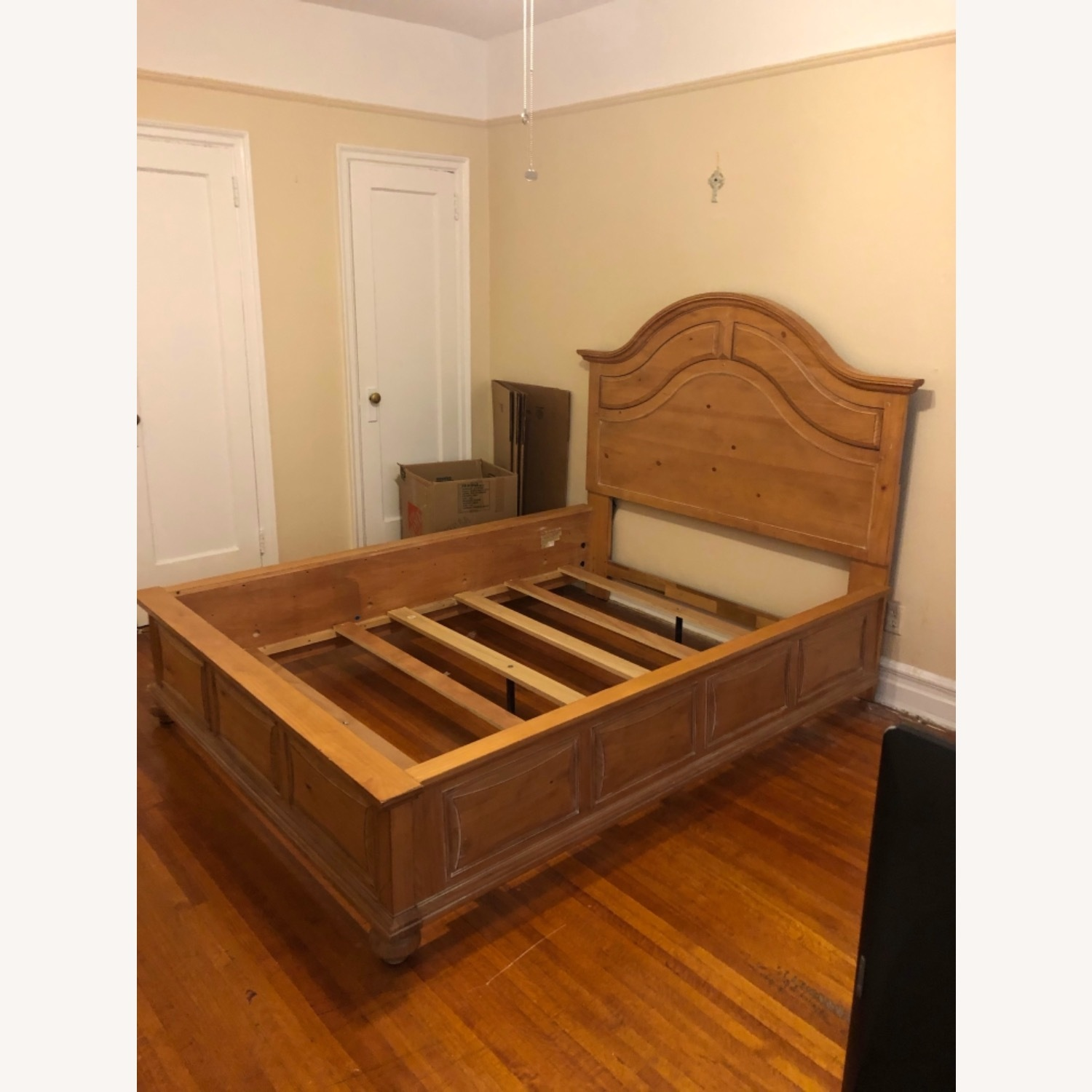 Broyhill Furniture Solid Wood Queen Size Bed - image-1