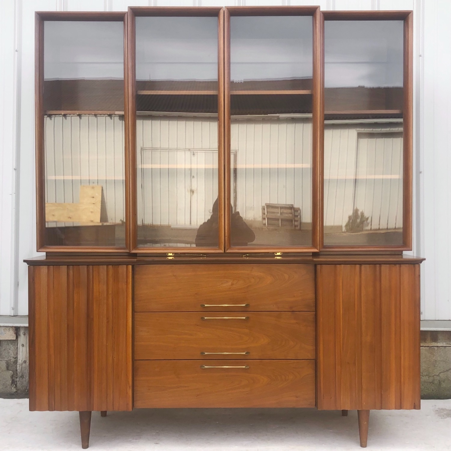 Mid-Century Modern Sideboard With Display Topper - image-5