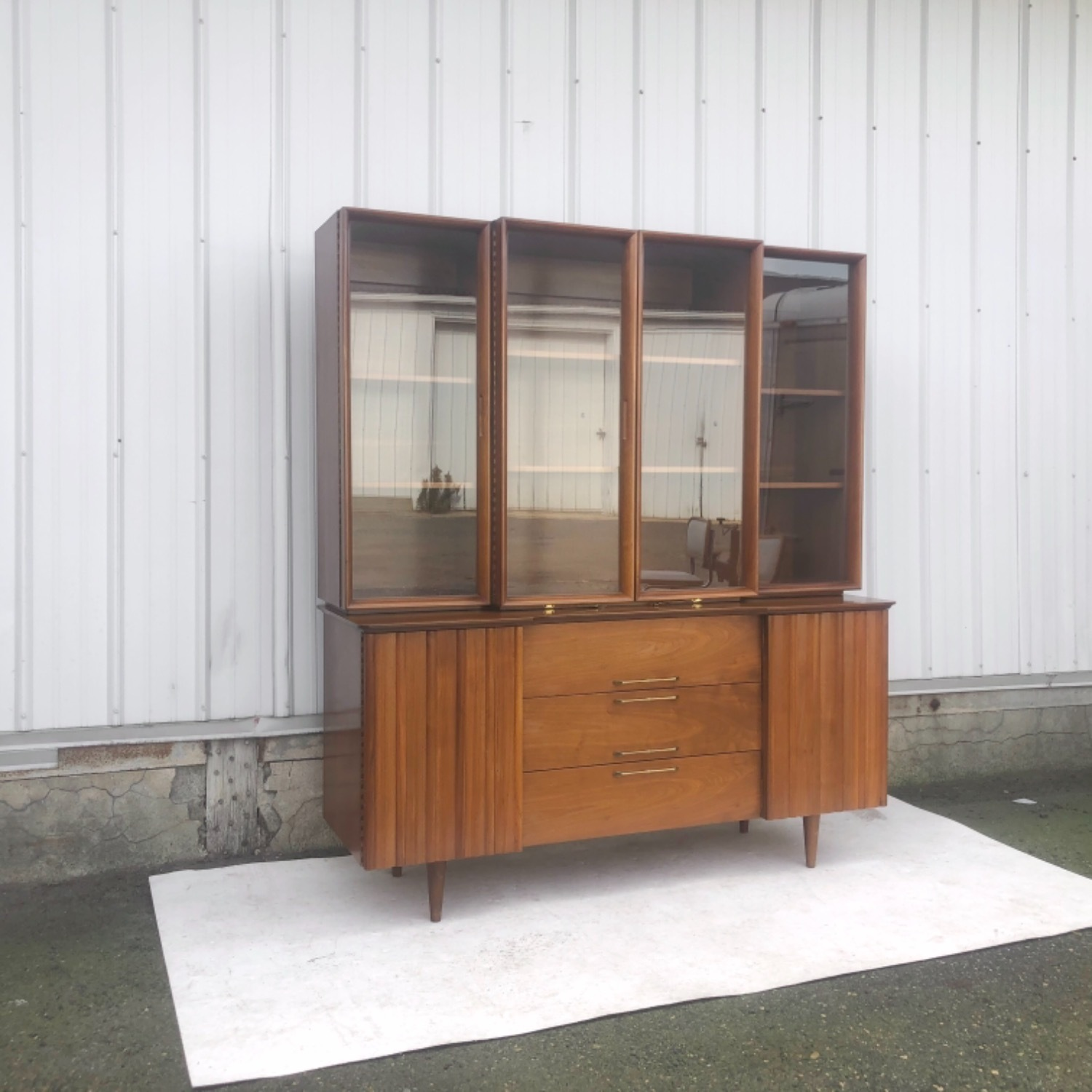 Mid-Century Modern Sideboard With Display Topper - image-4