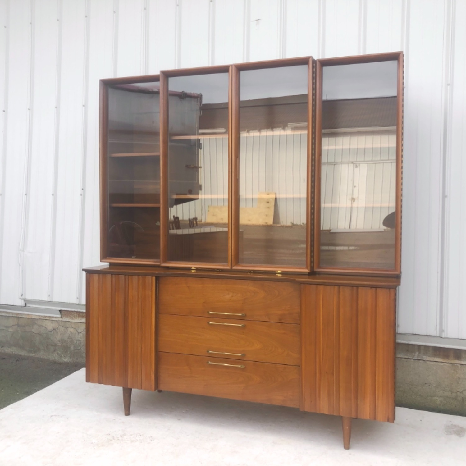 Mid-Century Modern Sideboard With Display Topper - image-6