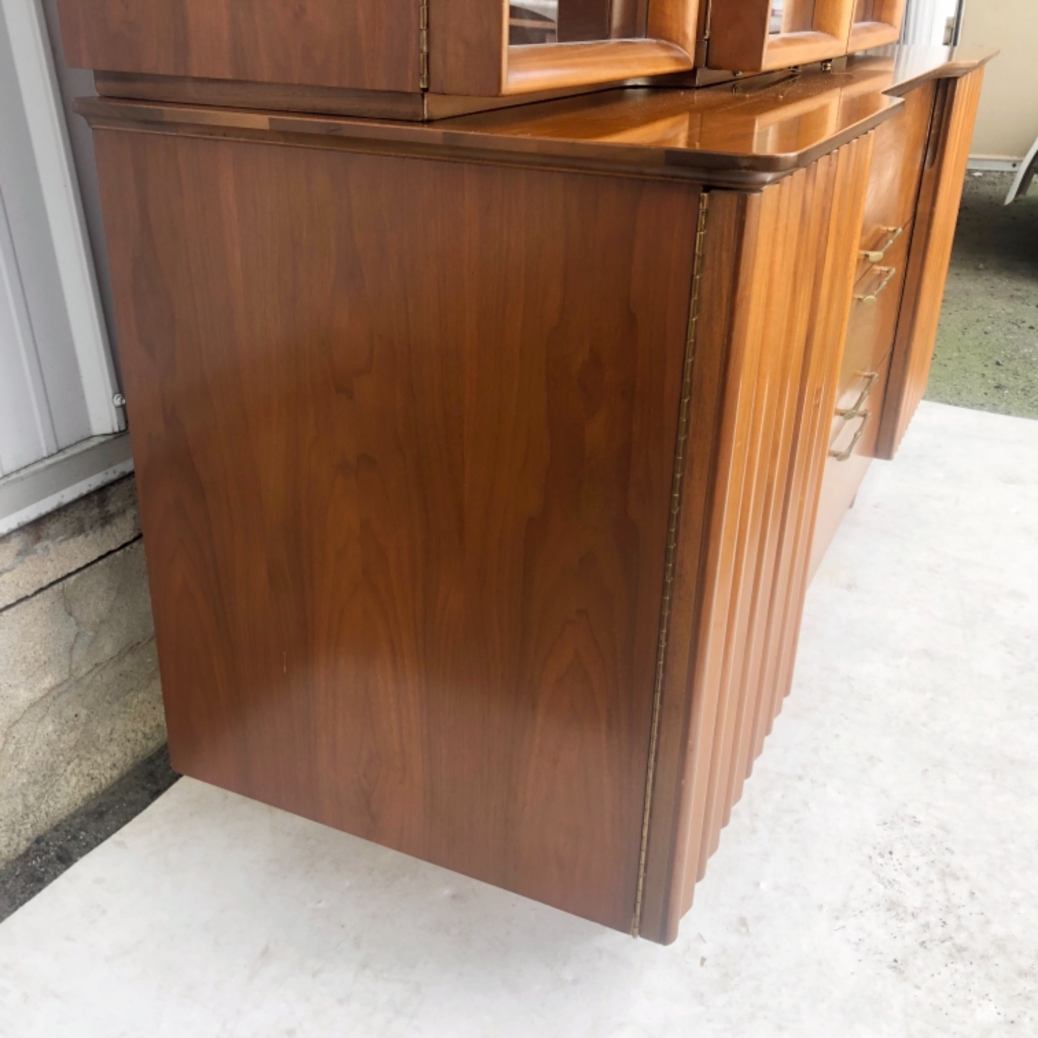 Mid-Century Modern Sideboard With Display Topper - image-8