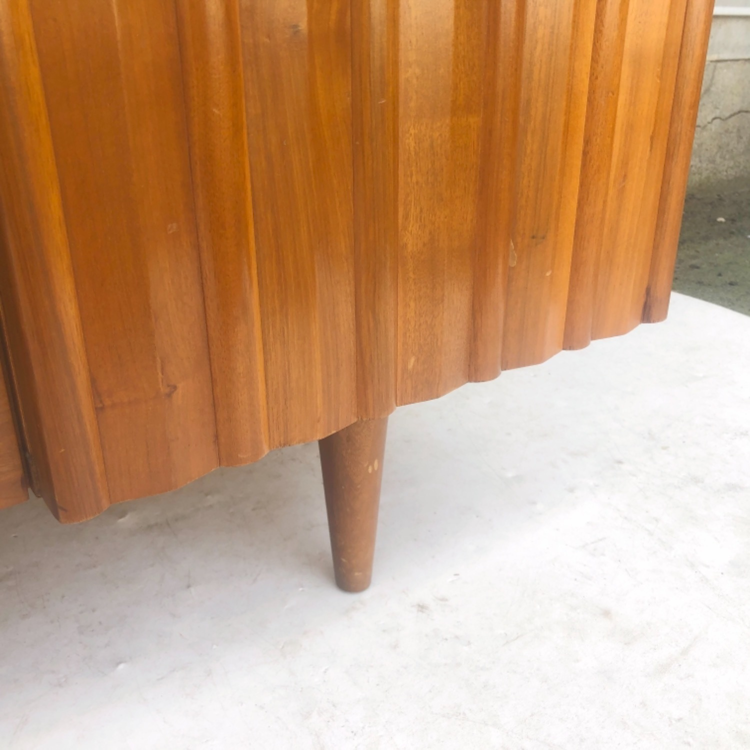 Mid-Century Modern Sideboard With Display Topper - image-13