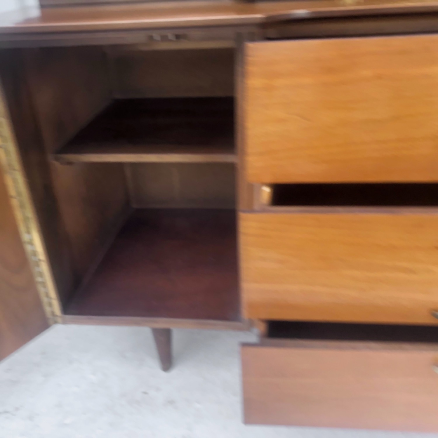 Mid-Century Modern Sideboard With Display Topper - image-15