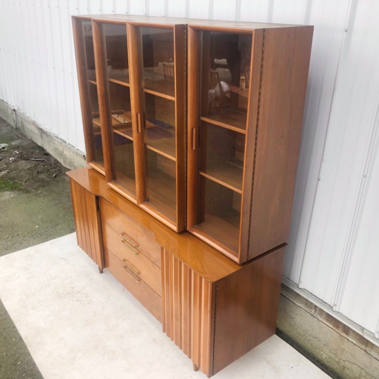 Mid-Century Modern Sideboard With Display Topper - image-3