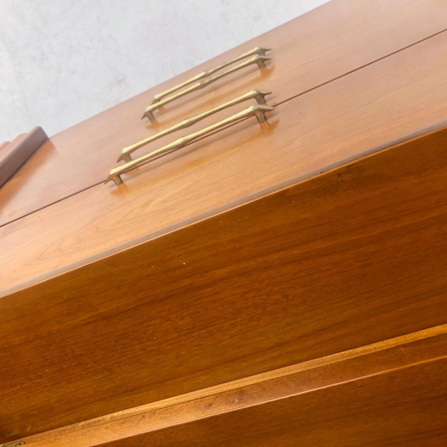 Mid-Century Modern Sideboard With Display Topper - image-23
