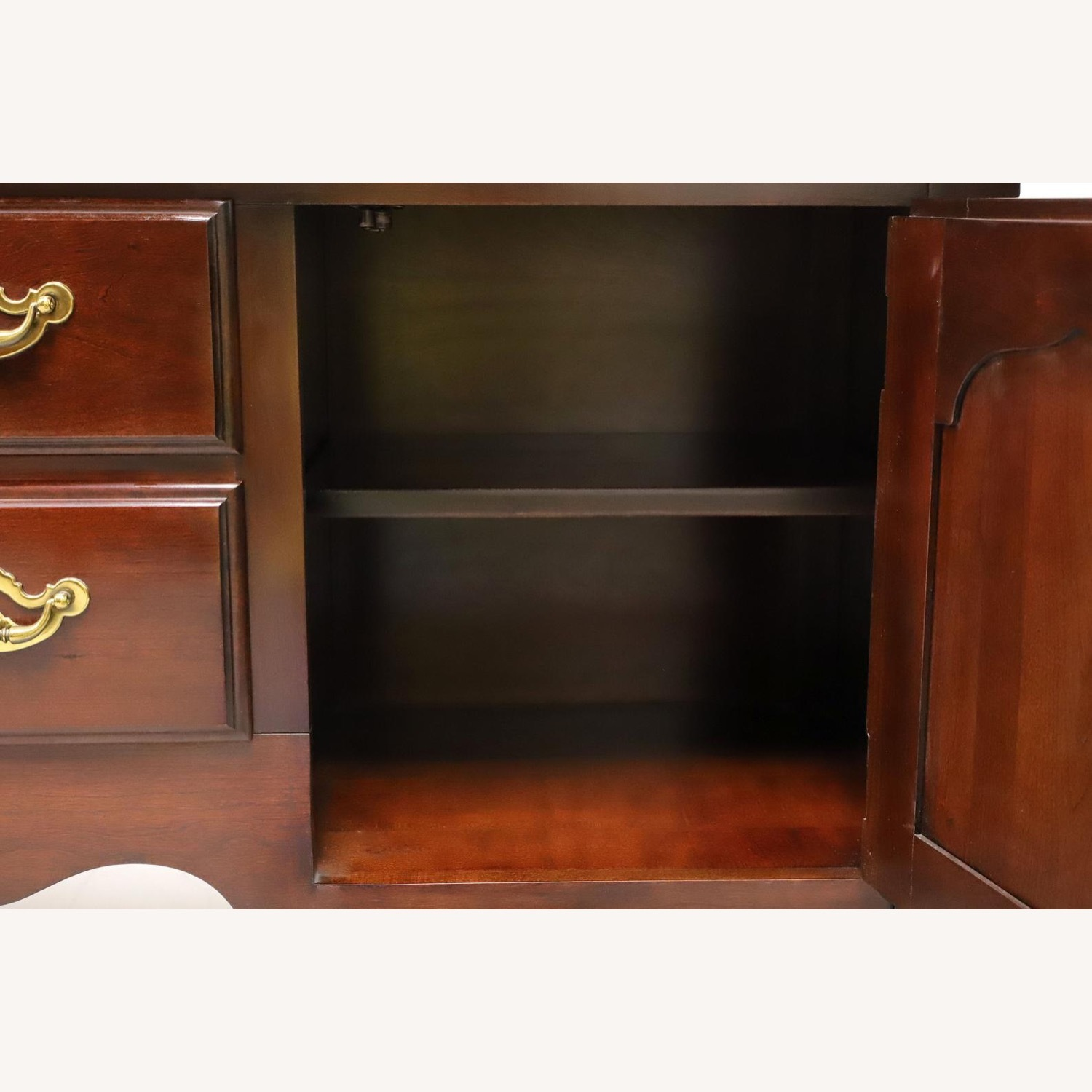 Queen Anne Cherry Sideboard - image-4