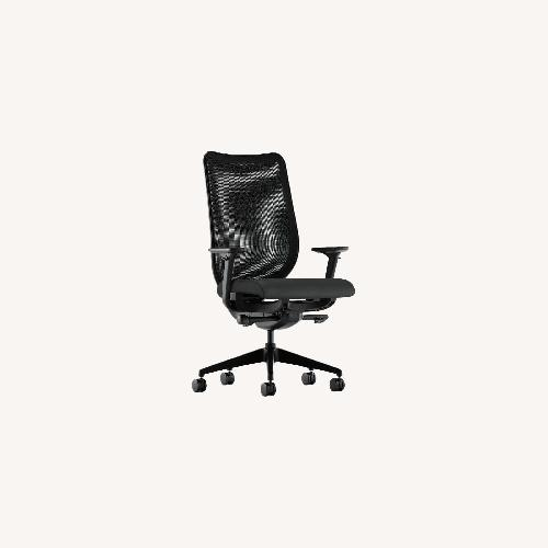 Used HON Office Furniture 4 High End Chairs for sale on AptDeco