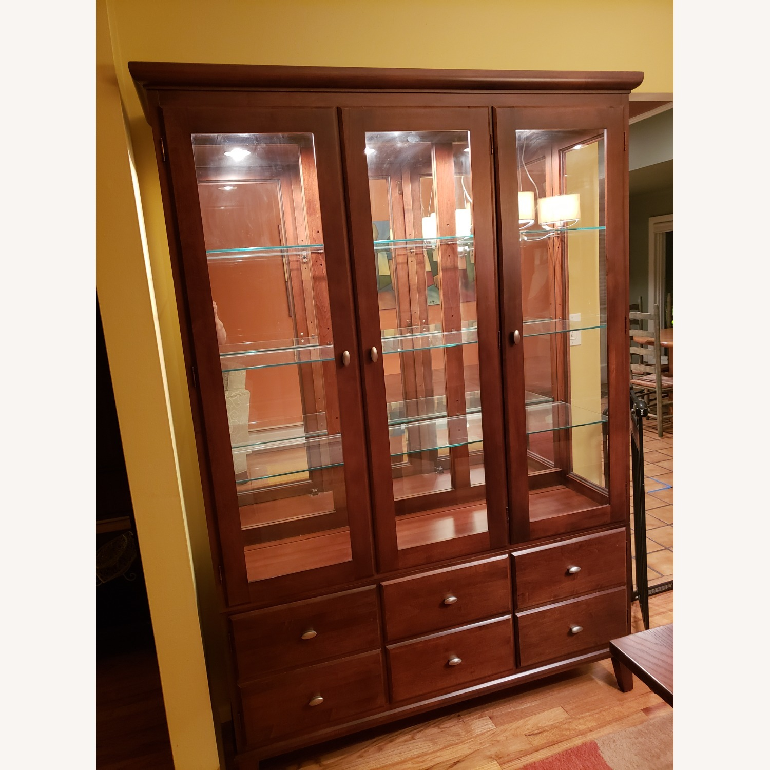 Ethan Allen Horizon China Cabinet with Lights - image-0