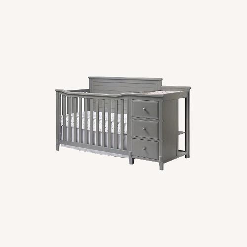 Used Berkey & Gay Furniture Co. Baby Crib for sale on AptDeco