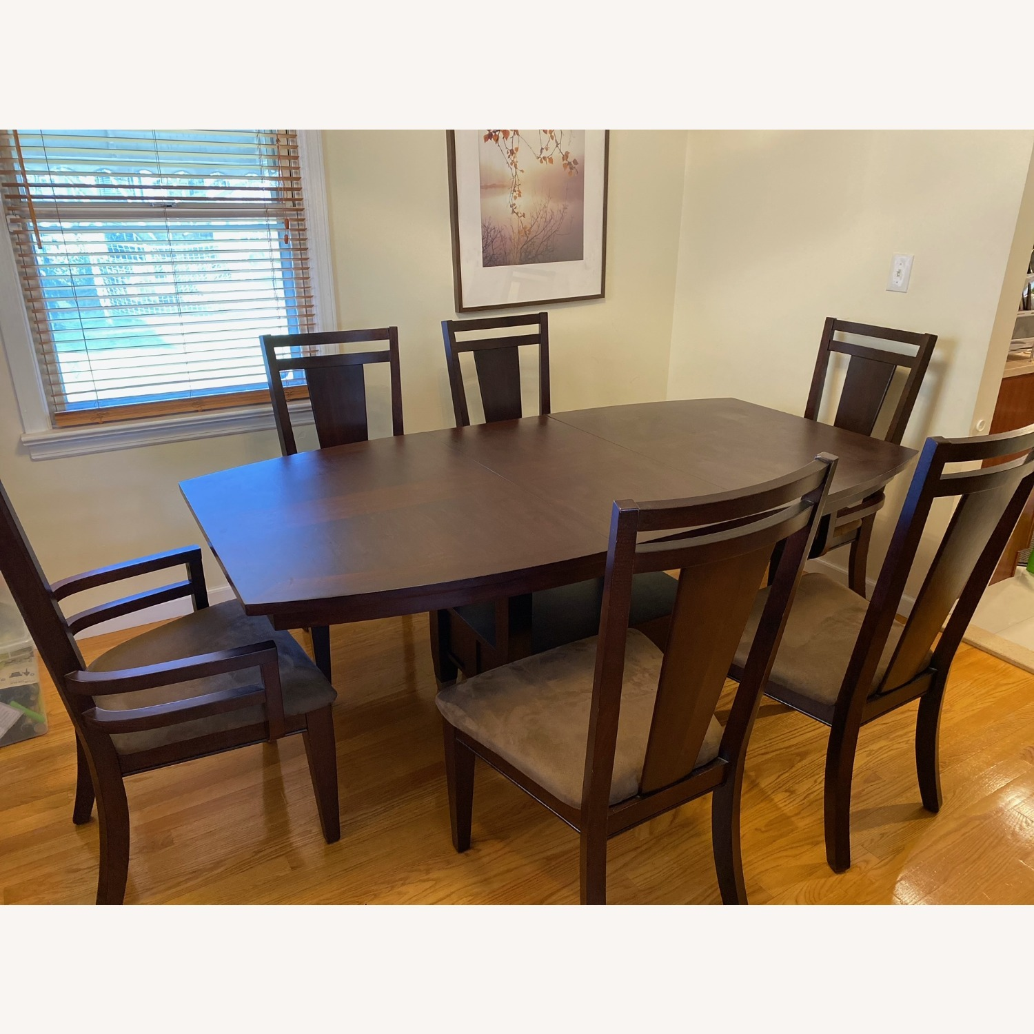 Broyhill Furniture 8-Piece Dining Set - image-4