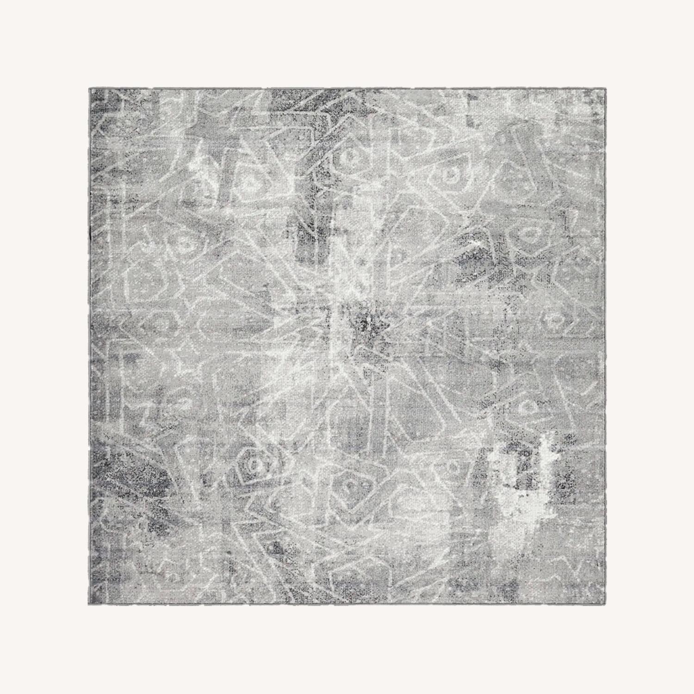 Silver/Gray Geometric Area Rug - image-0