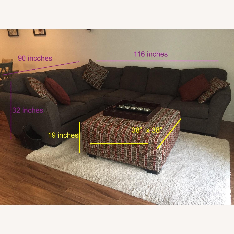 Ashley Furniture Dary Gray Sectional w/ Matching Ottoman - image-3