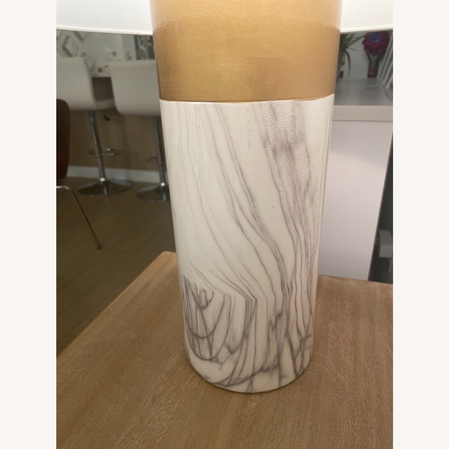 White and Gold Table Lamp - image-3