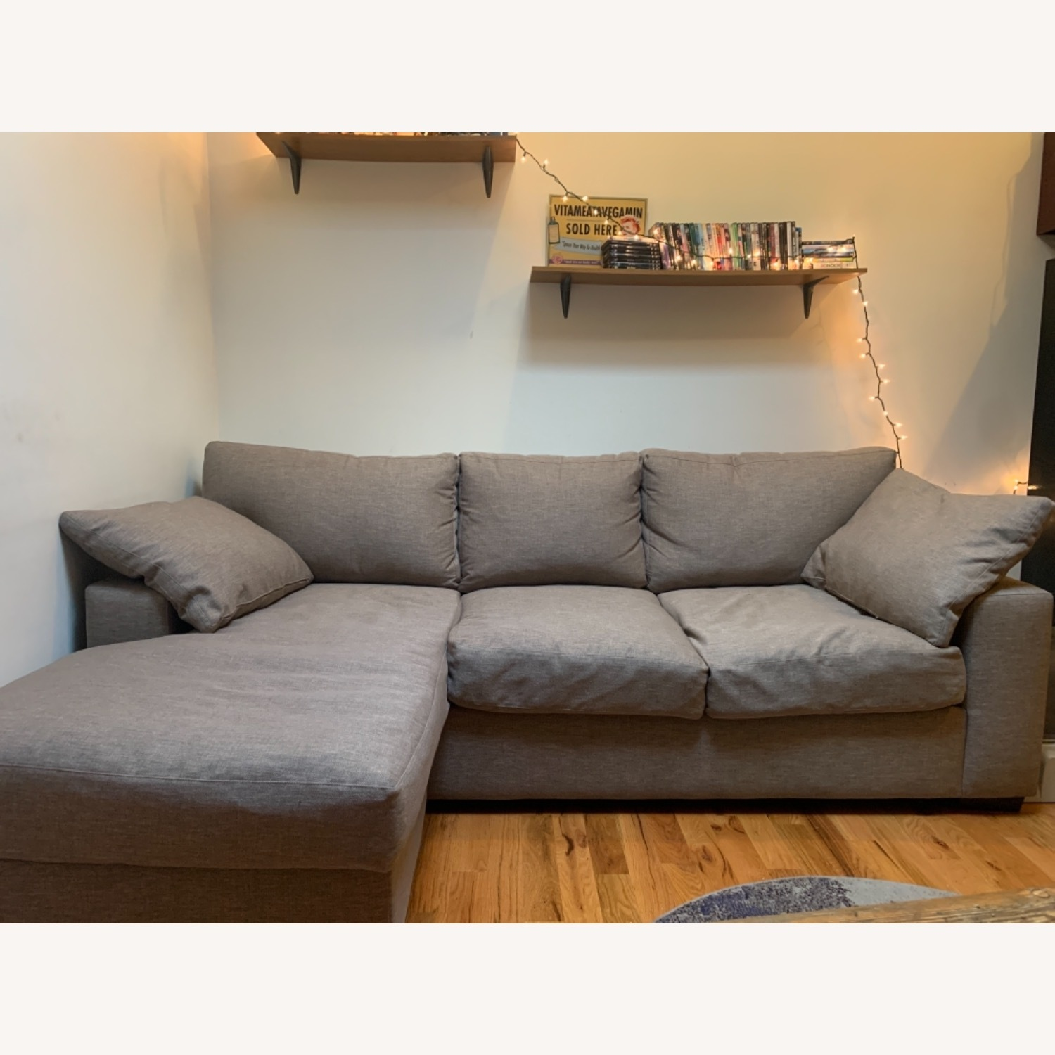 Comfy Large Sofa With Chase (L) - image-1