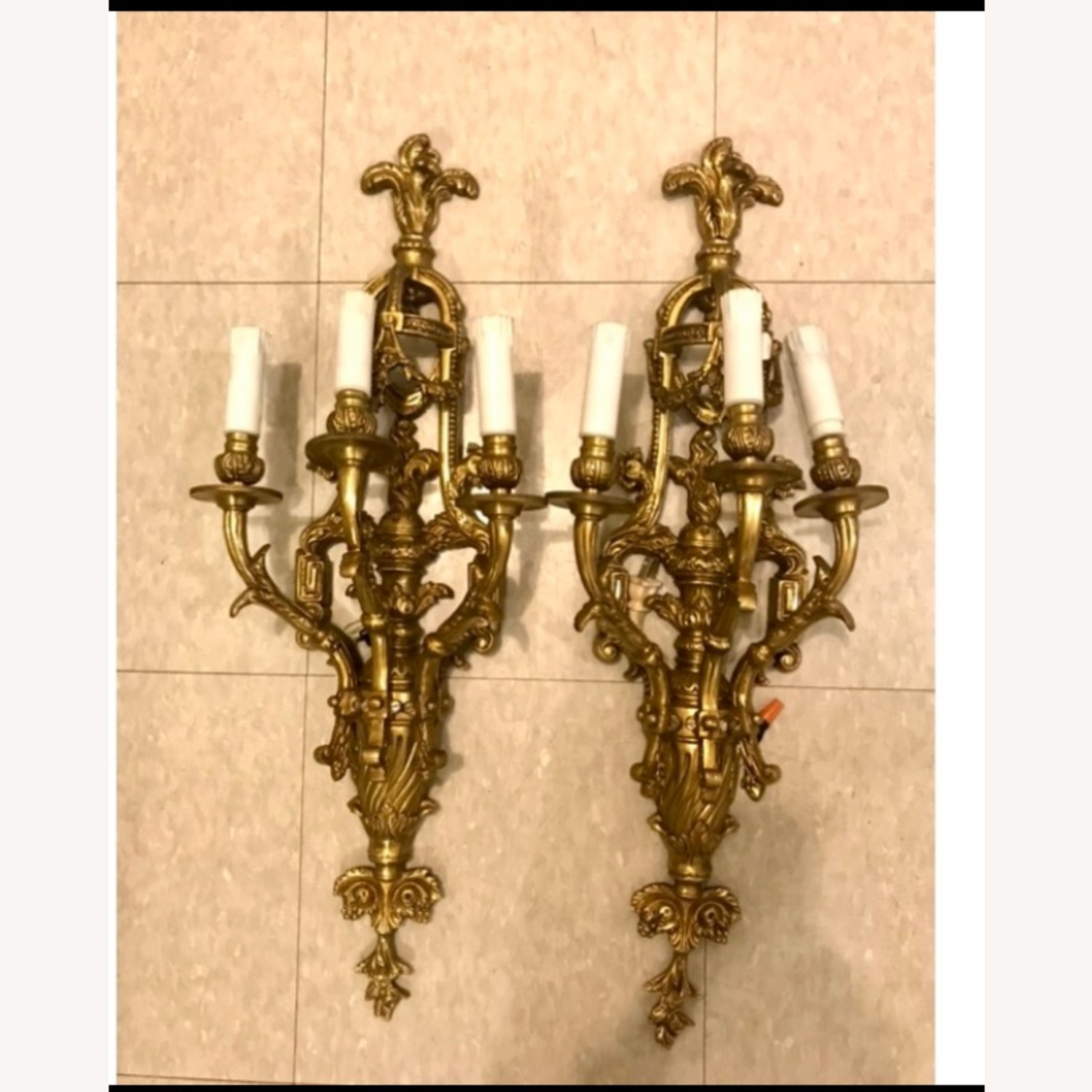 Antique Brass Sconce - image-0