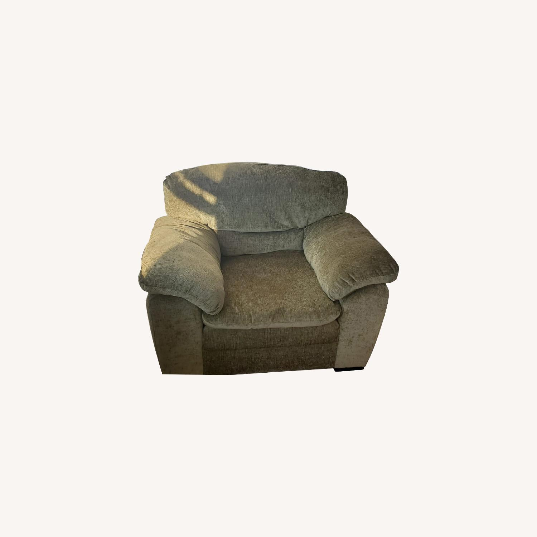 Armchair - image-0