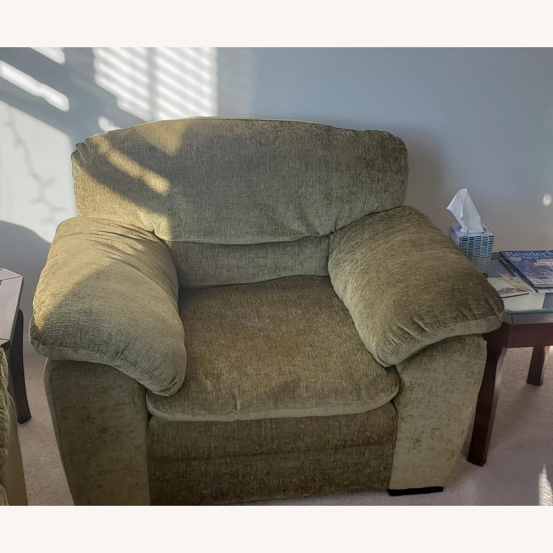 Armchair - image-3