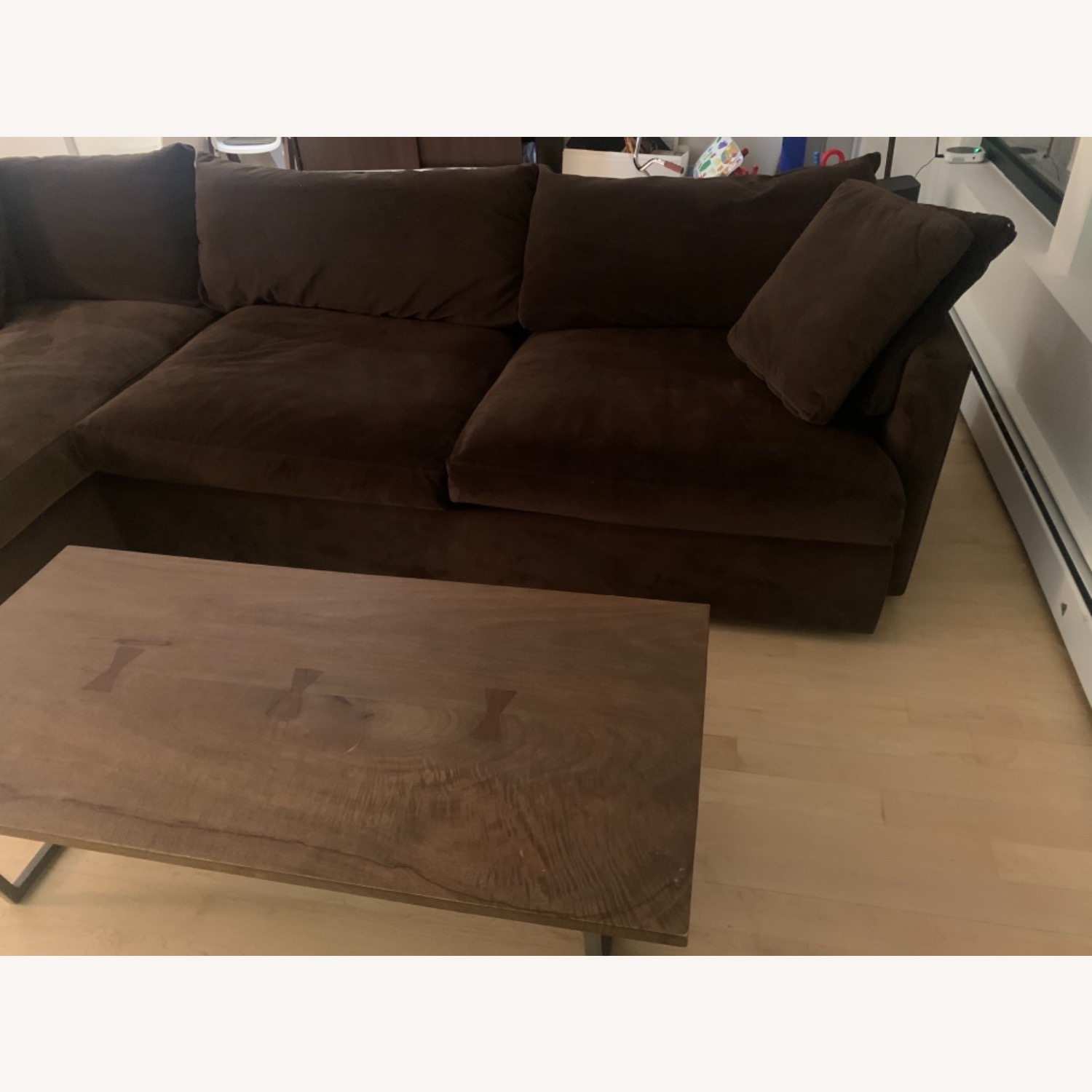 Crate & Barrel Lounge Chaise Brown Color - image-4