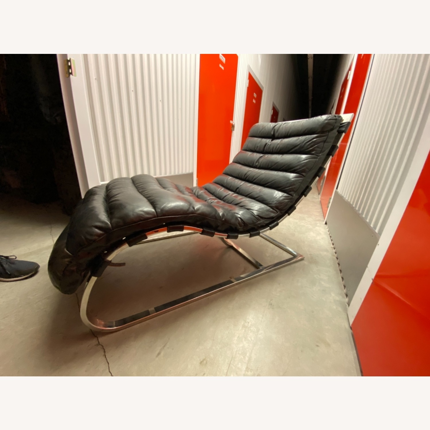 Leather Chaise Lounge by Timothy Oulton - image-6