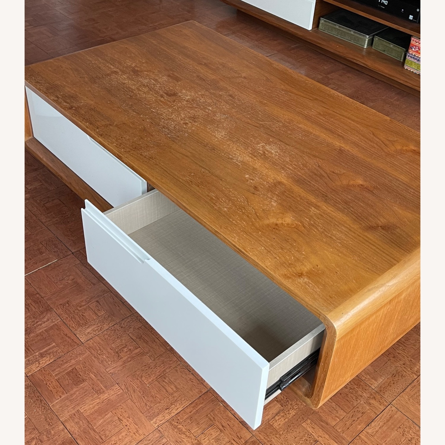 Design Art Deco Coffee Table with Four Drawers - image-2