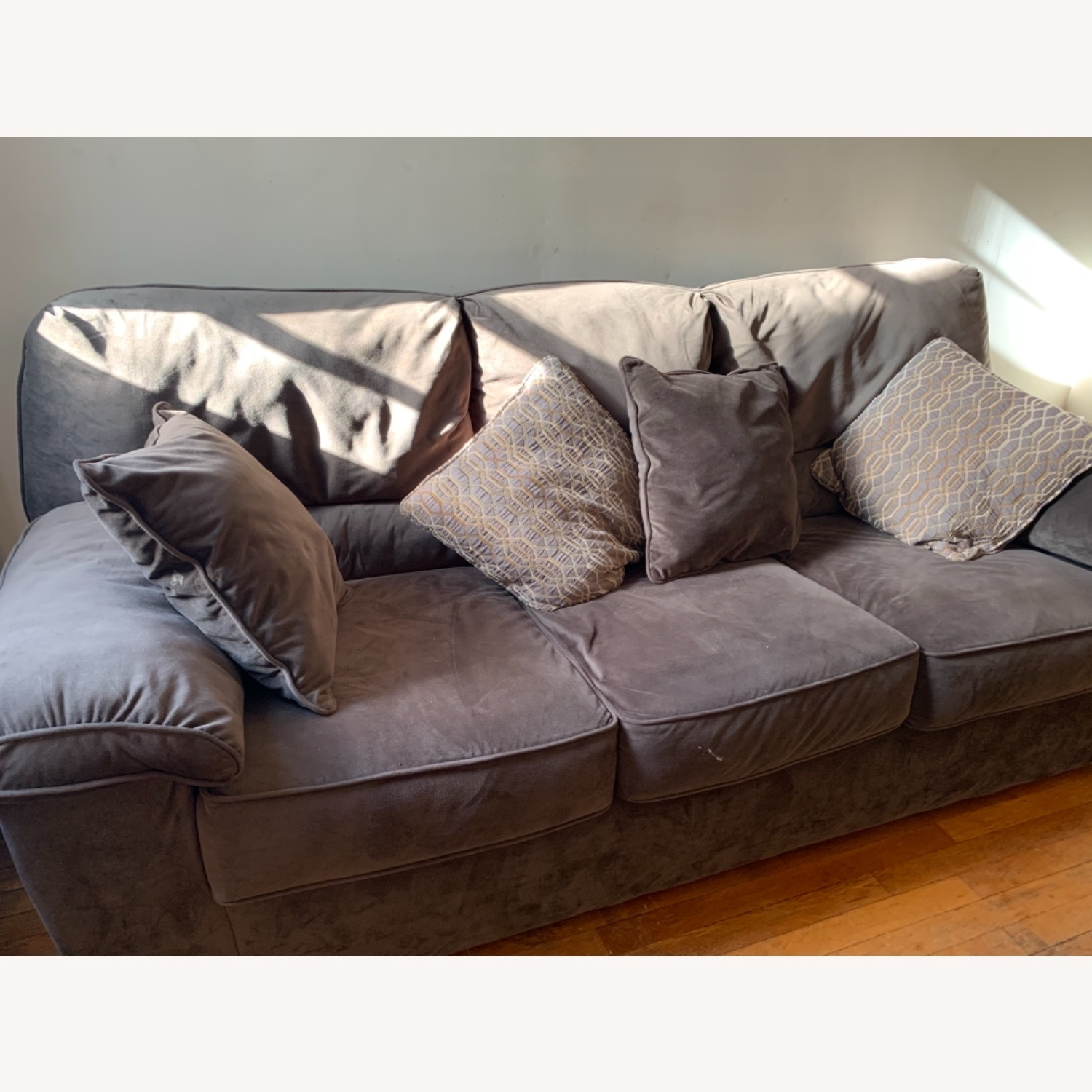 Rockport Couch - image-4
