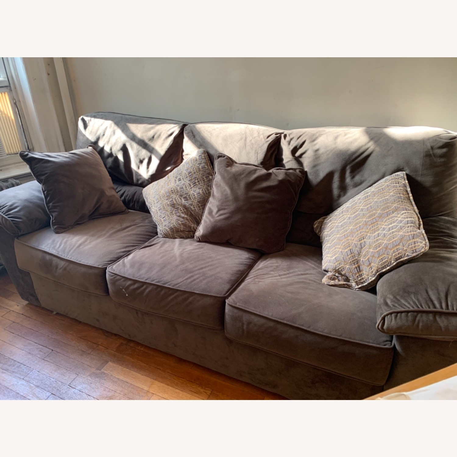 Rockport Couch - image-1