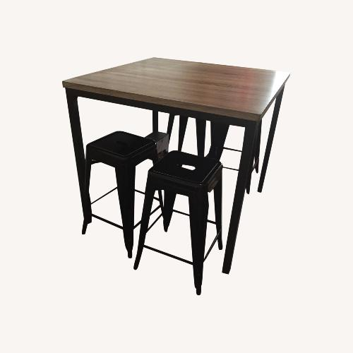 Used Dining Table and 4 Metal Stools for sale on AptDeco