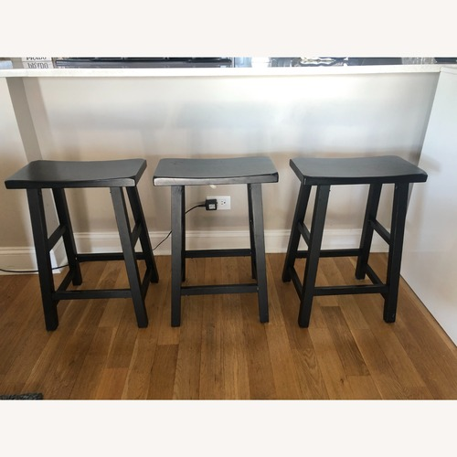 Used Low Bar Stools for sale on AptDeco