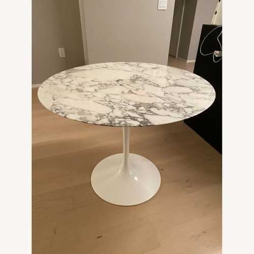 Used Knoll Saarinen Dining Table for sale on AptDeco