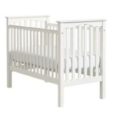 Used Pottery Barn Kendall Crib for sale on AptDeco