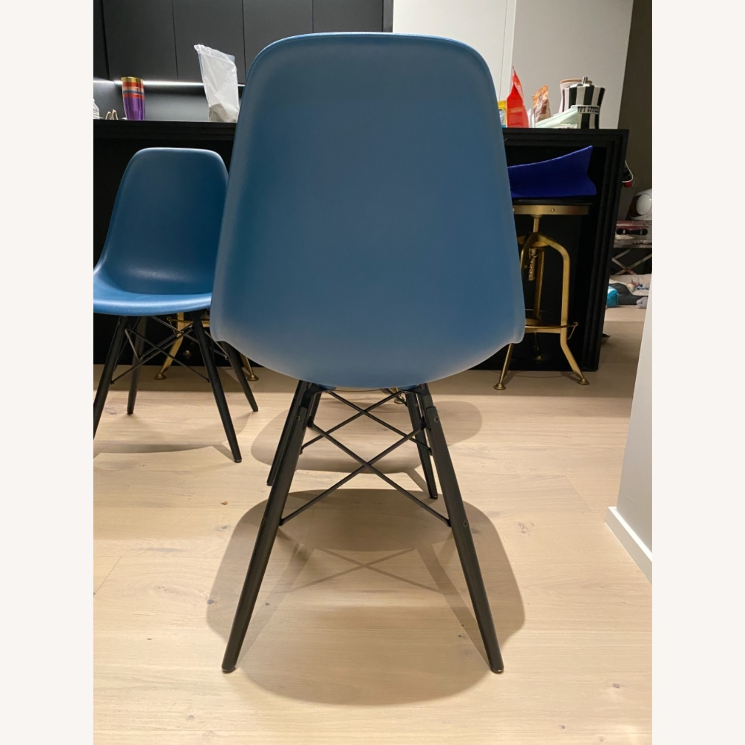 4 x Herman Miller Eames Molded Plastic Side Chair - image-12