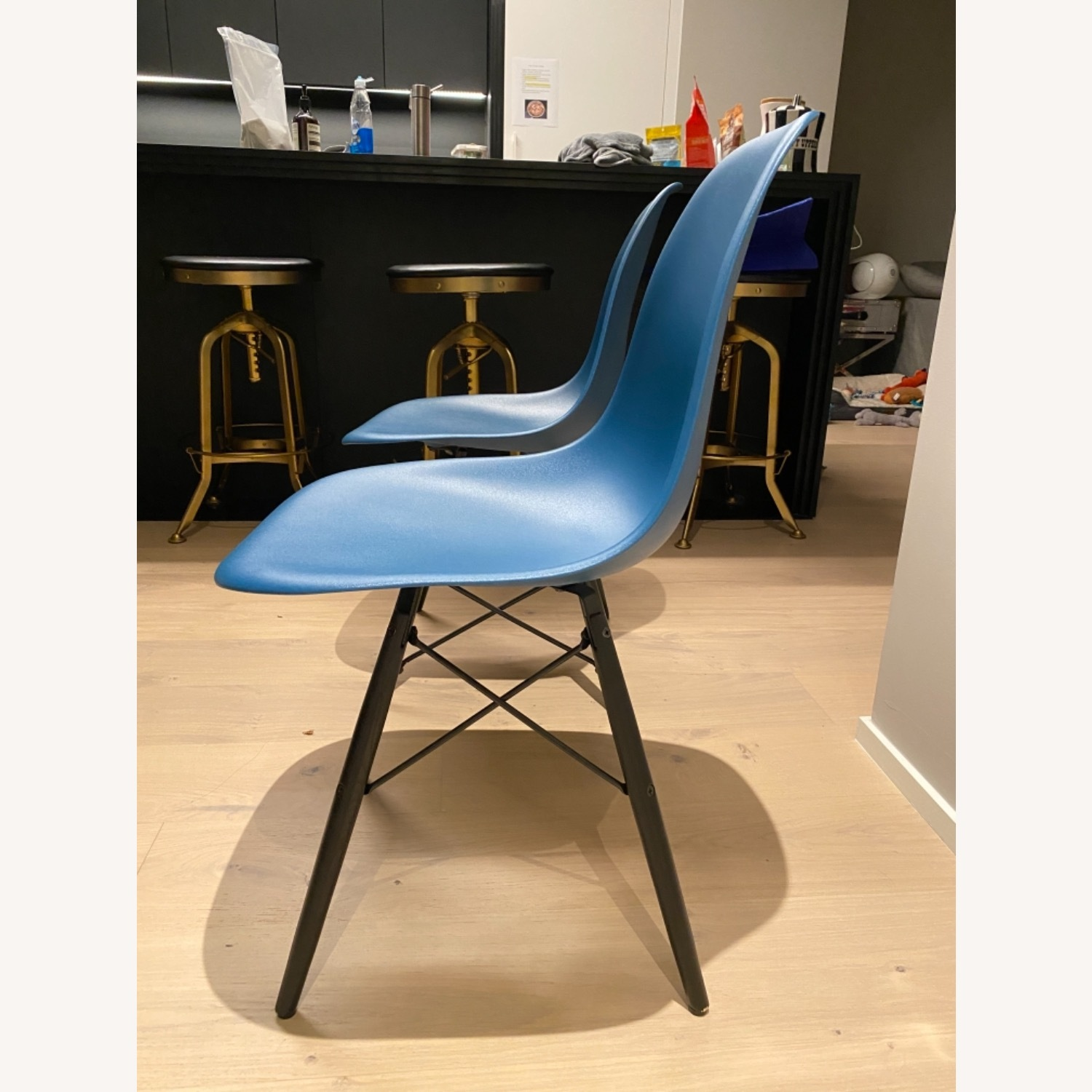 4 x Herman Miller Eames Molded Plastic Side Chair - image-10