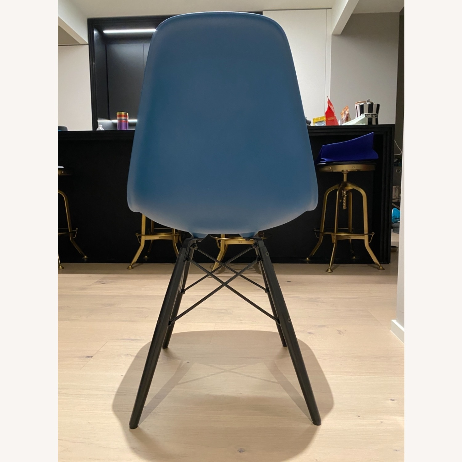 4 x Herman Miller Eames Molded Plastic Side Chair - image-4