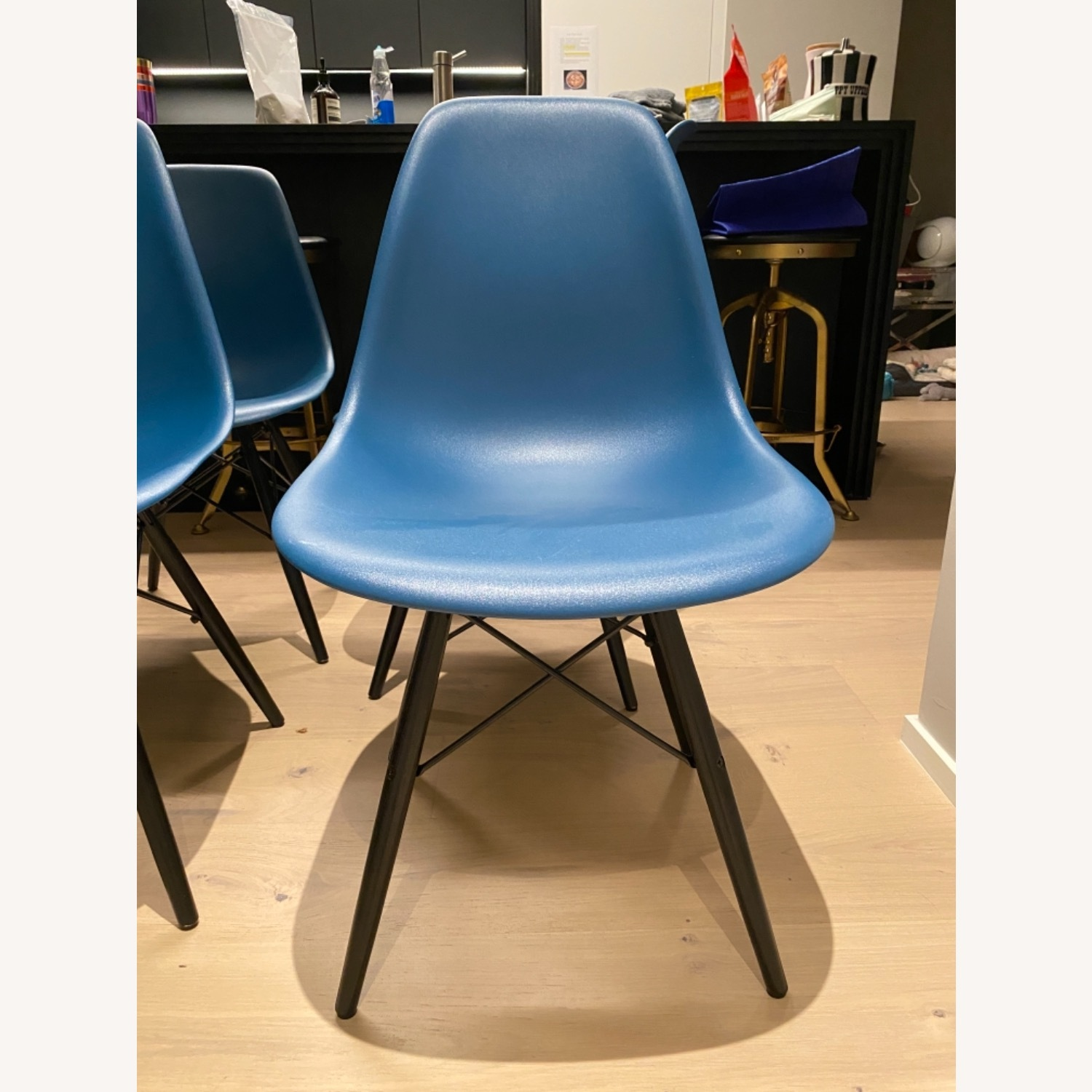 4 x Herman Miller Eames Molded Plastic Side Chair - image-17