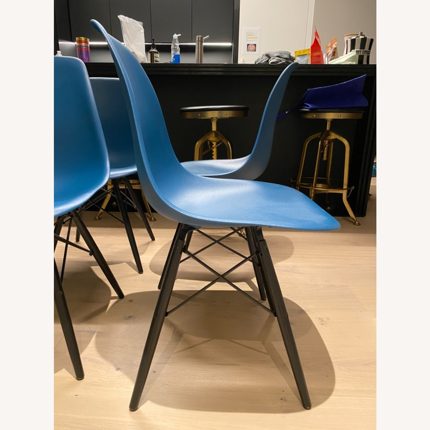4 x Herman Miller Eames Molded Plastic Side Chair - image-20