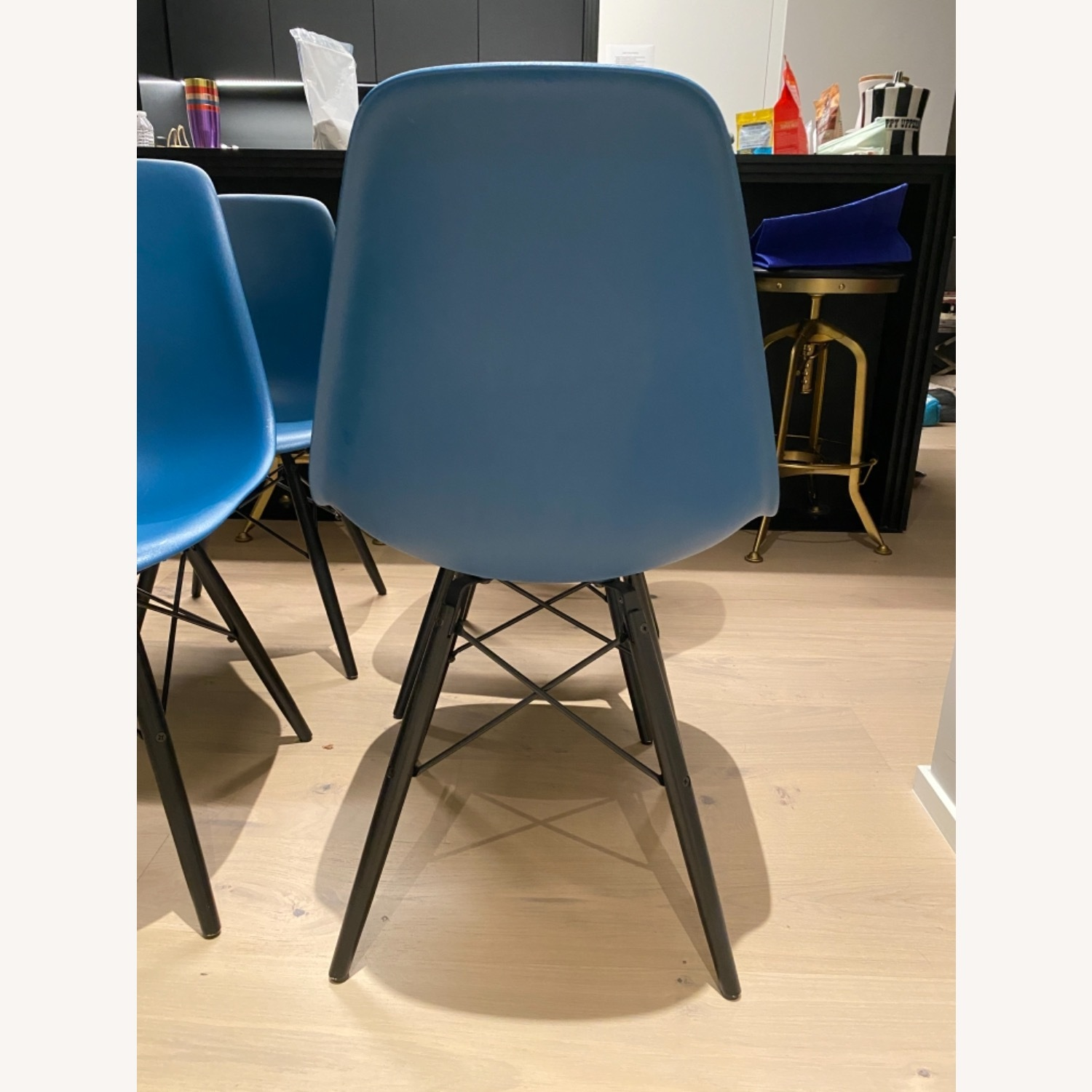 4 x Herman Miller Eames Molded Plastic Side Chair - image-19