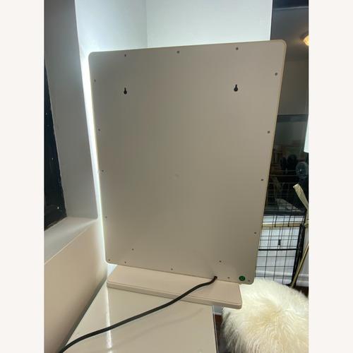 Used Impressions Vanity Hollywood Glow XL 2.0 Mirror for sale on AptDeco