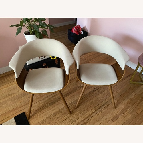 Used Mid Century Modern Chairs for sale on AptDeco