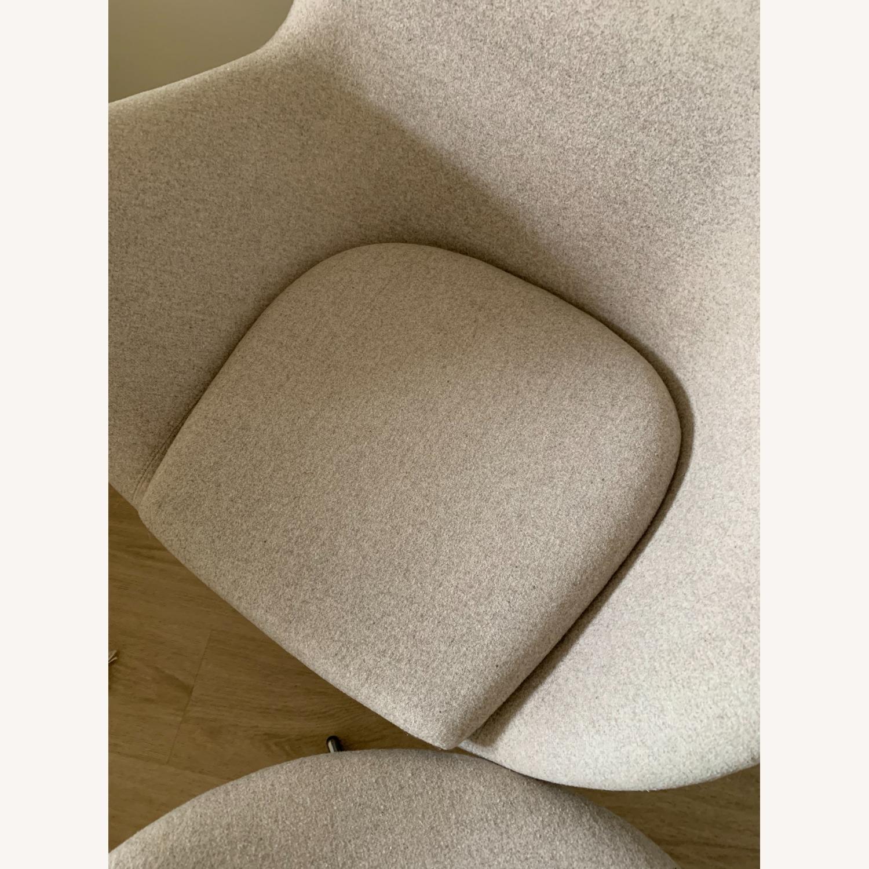 Arne Jacobsen Egg Chair - image-4