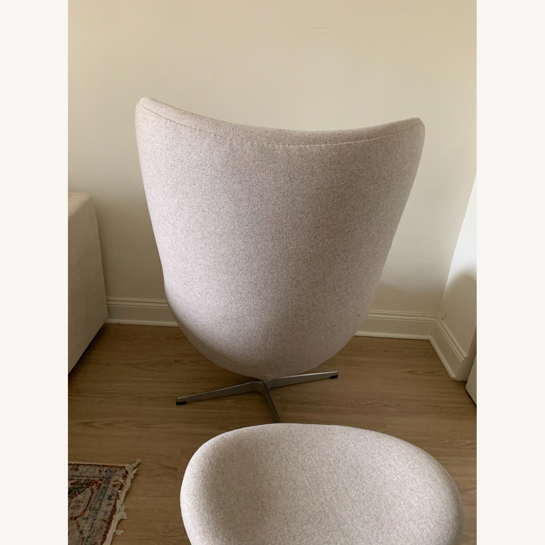 Arne Jacobsen Egg Chair - image-6