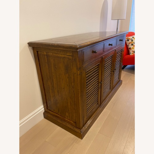 Used Impecable Tommy Bahama Signature Dresser for sale on AptDeco