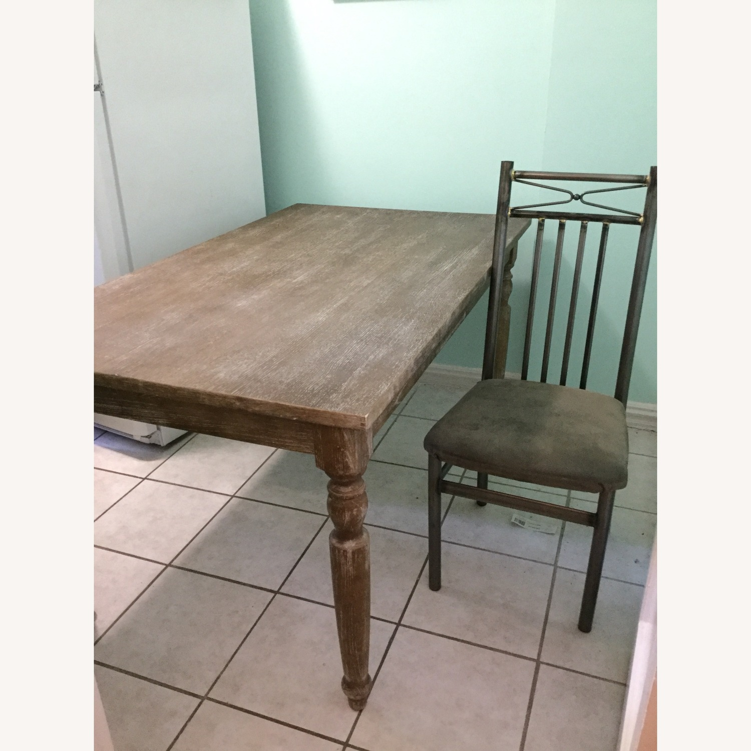 Stratford Dining Table with Chairs - image-4