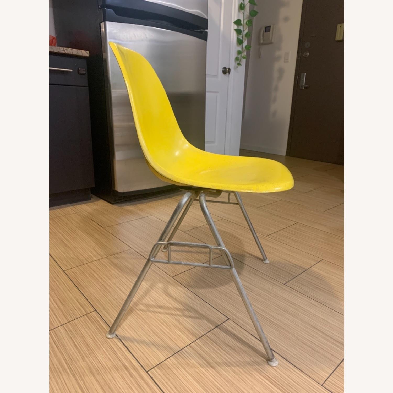 Herman Miller Eames Molded Fiberglass Side Chair - image-4