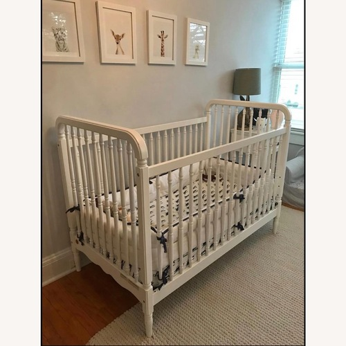 Used Serena & Lily Crib for sale on AptDeco