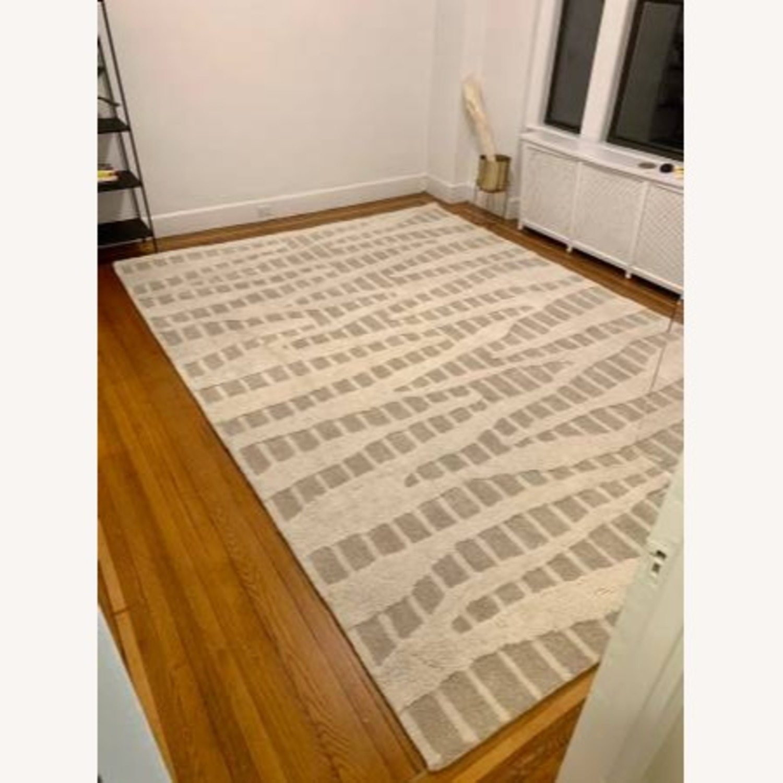 9 x 12 Safavieh Wool Area Rug - image-9